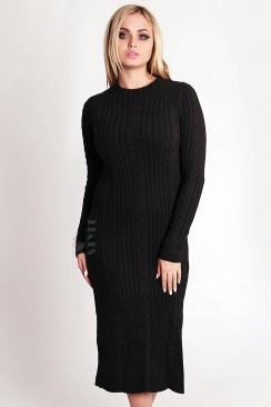 Теплое зимнее платье крупной вязки с разрезом на боку
