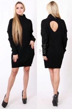 Теплое вязаное платье с вырезом на спине