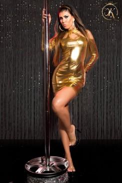 Короткое золотистое платье с декольте KouCla