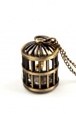 Кулон-часы с птичьей клеткой