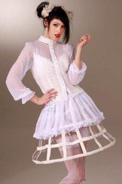 Каркасная белая юбка