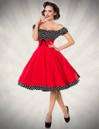 Красное платье с присборенным лифом