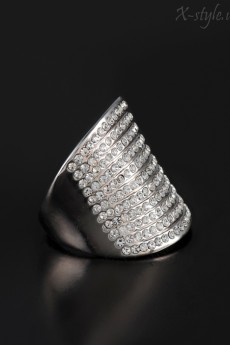 Широкое кольцо с кристаллами