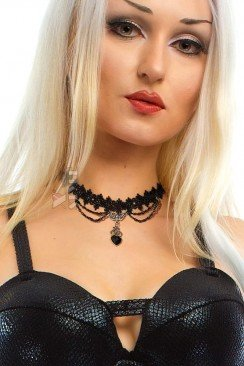 Ажурное ожерелье-чокер