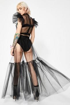 Прозрачная длинная юбка в фестивальном стиле