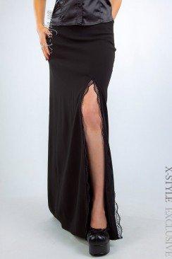 Длинная юбка с разрезом и кружевом