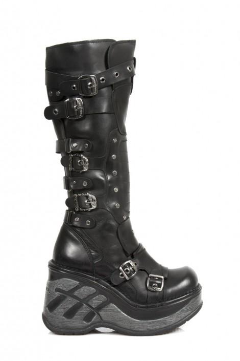 Шкіряні чоботи з ремінцями купити недорого в Києві f139b2ea09004