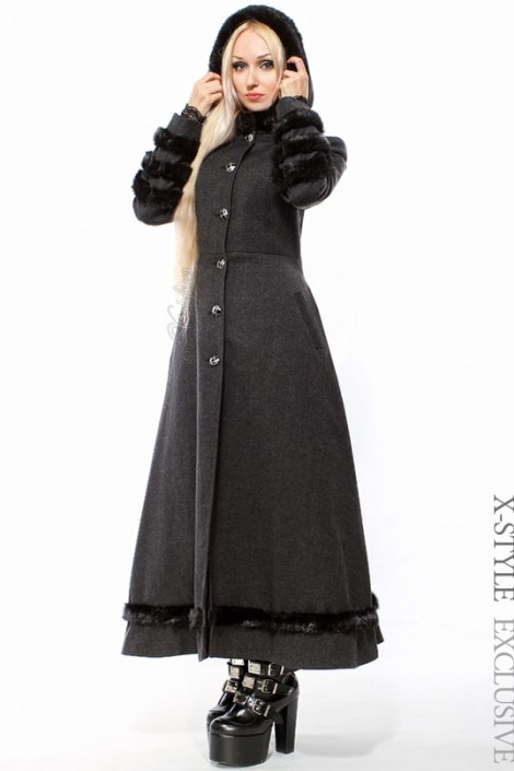 Длинное приталенное пальто с мехом (115027)